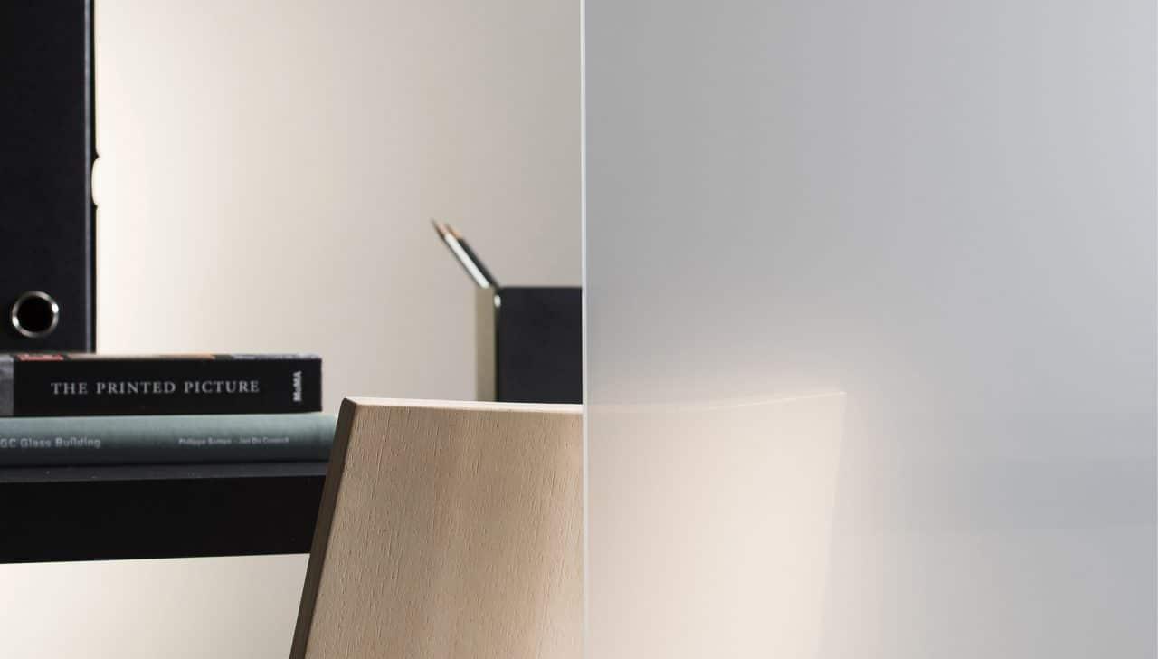 Verre feuilleté - Stratobel Colour White Mat 80